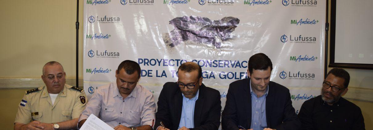 Lufussa firma convenio de protección a la Tortuga Golfina